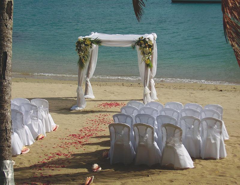 EXOTISCH, SKURRIL, KURIOS? Möglichkeiten standesamtlicher Hochzeiten in Bayern